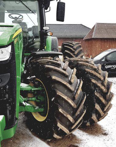 Tractores y maquinaria pesada